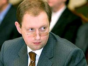 Яценюк пойдет на все выборы - партия будет готова к осени