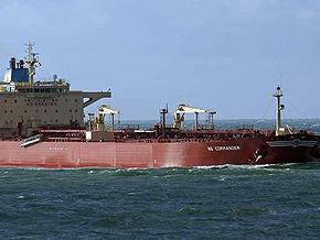 Российский танкер отбил нападение сомалийских пиратов