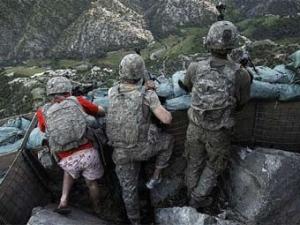 Американский солдат в розовых трусах удостоился похвалы от главы Пентагона