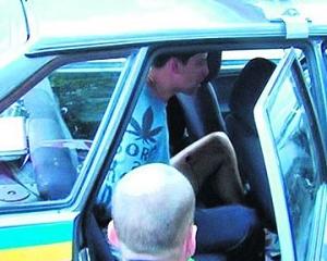 Против киевлянина, нападавшего на водителей с ножом, возбуждено уголовное дело