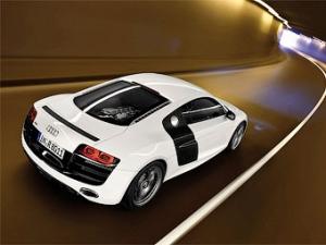 Audi не собирается привозить во Франкфурт электрическую версию R8