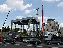 В Киеве монтируют гигантскую сцену для Пола Маккартни