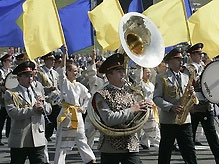 БЮТ выступает против военного парада в День независимости