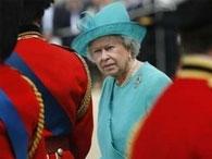 Голая внучка королевы Великобритании разбудила учителя
