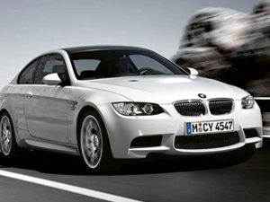 BMW M GmbH празднует 30-летний юбилей