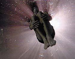 Иллюзионист установил рекорд задержки дыхания под водой