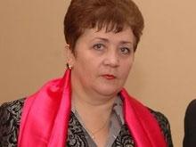 Семенюк призывает КМУ придерживаться лишь Конституции и законодательства