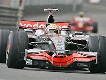 Дождливый Гран-При Монако выигрывает Хэмилтон