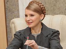 Тимошенко возобновляет социальные выплаты, несмотря на решение КС