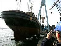 """Тела двух моряков судна """"Нафтогаз-67"""" доставлены в Украину"""