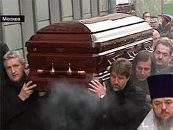 Александра Абдулова похоронили на Ваганьковском кладбище