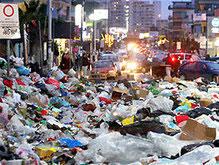 Неаполь утопает в мусоре