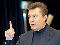 Янукович погрожує відставити Яценюка