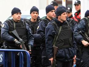 Полиция обезвредила неизвестного, который захватил заложников в турецком банке