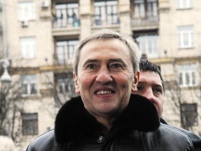 Черновецкий хочет покататься с Тимошенко на коньках
