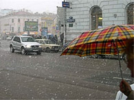 Завтра мокрый снег в Украине будет только ночью