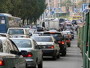 В Киеве 10-12 мая ограничат движение транспорта на десяти улицах