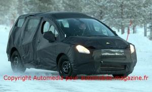 Peugeot готовит модель 5008