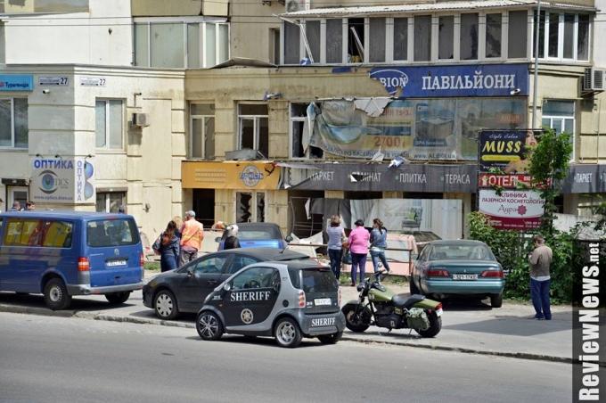 Масштабный прорыв трубы в Киеве произошел из-за испытаний коммунальщиков: опубликованы фото (7)