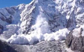 Синоптики предупредили об опасности схода лавин в Карпатах