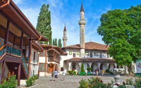 Знаменитий пам'ятник культури в Криму виявився в жахливому стані: опубліковано відео