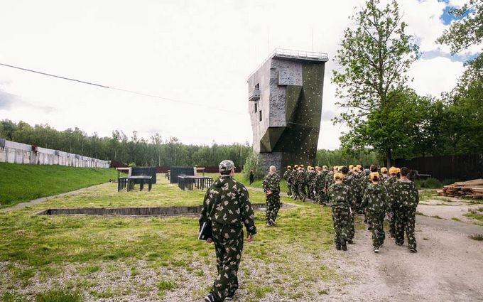 У Путіна вже дійшли до ідеї дитячого військового табору в Криму