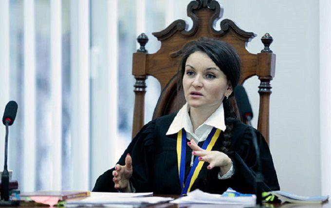 Порошенко вынес решение по скандальной судье