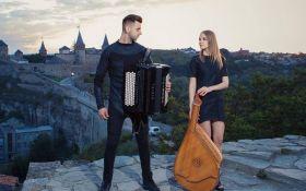Українці на бандурі зіграли пісню, що побила рекорди прослуховувань: з'явилося відео