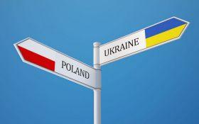 Украинцы бегут в Польшу: появилась статистика
