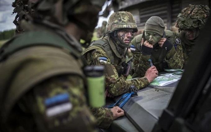Солдаты НАТО у границ России готовятся воевать с Путиным: The Washington Post показала фото