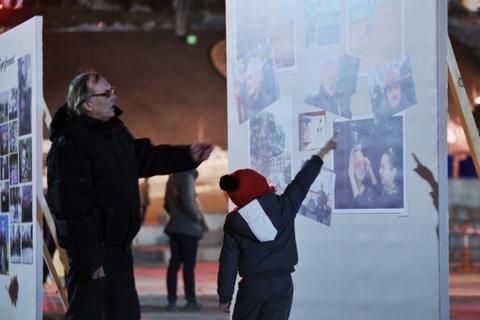 На Майдане почтили память Небесной сотни: опубликованы фото (1)