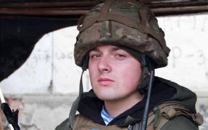 Вглобальной web-сети показали, как украинский десантник подорвал вражеский БМП