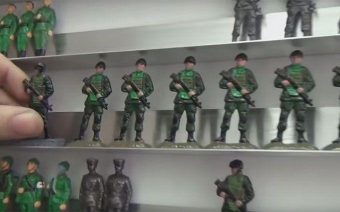 """Бойовиків """"Новоросії"""" перетворили на солдатиків: у мережі висміяли відео"""