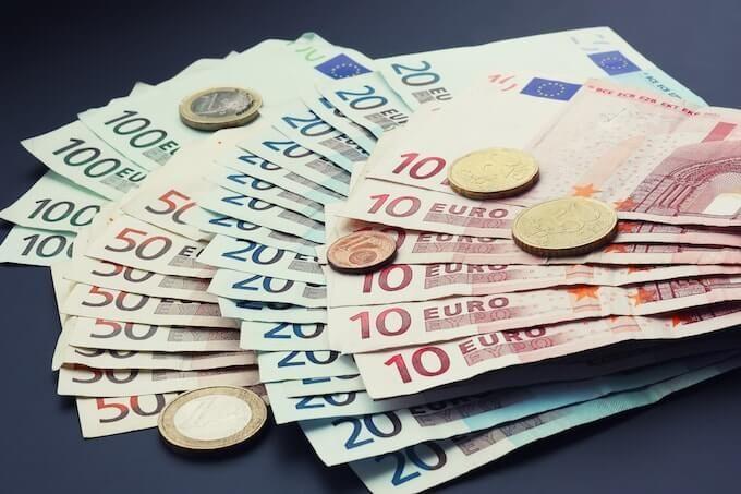 Курс валют на сьогодні 17 січня: долар подешевшав, евро подешевшав