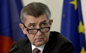 У Чехії уряд пішов у відставку