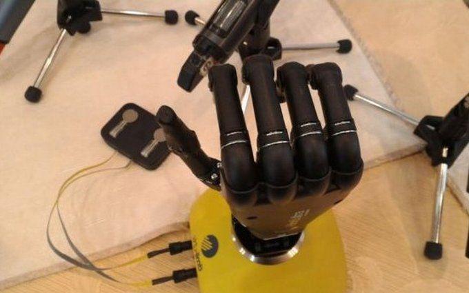 В Україні створили біонічний протез руки: опубліковано відео
