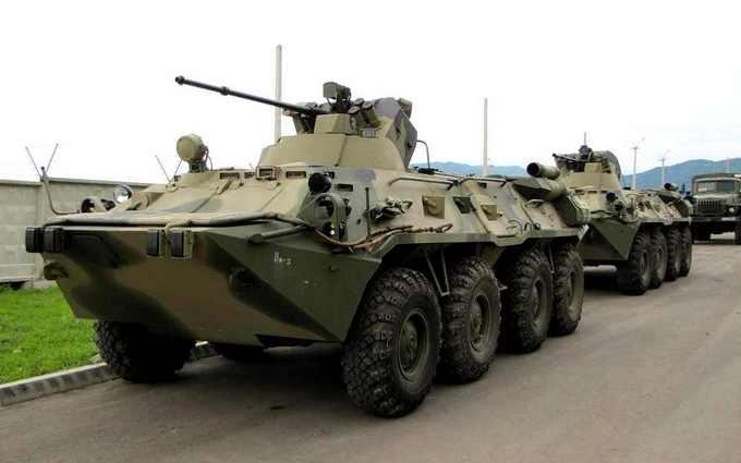 У Криму зняли колону військової техніки Росії: опубліковано відео