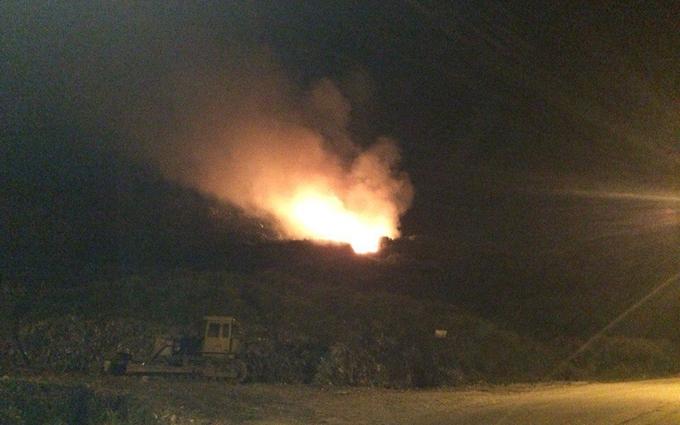 На скандальному звалищі під Львовом знову пожежа: опубликовані фото