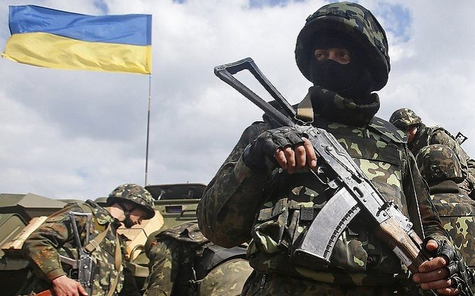 У Порошенка прокоментували впровадження воєнного стану в Україні: з'явилося відео