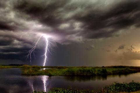 Гром и молнии: фотографии бури от Джейсона Уэйнгарта (15 фото) (11)
