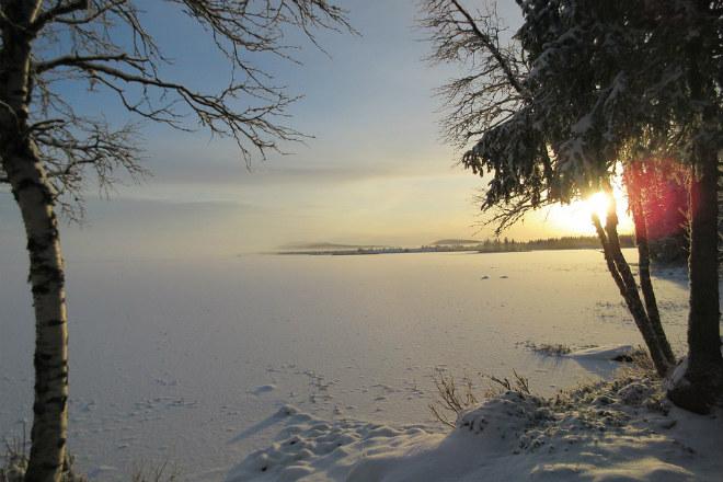 Погода на сегодня: в Украине местами снег, температура от 0 до -12