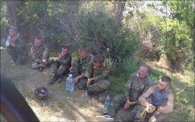 З'явилося нове фото бойовиків ДНР, взятих в полон на Донбасі