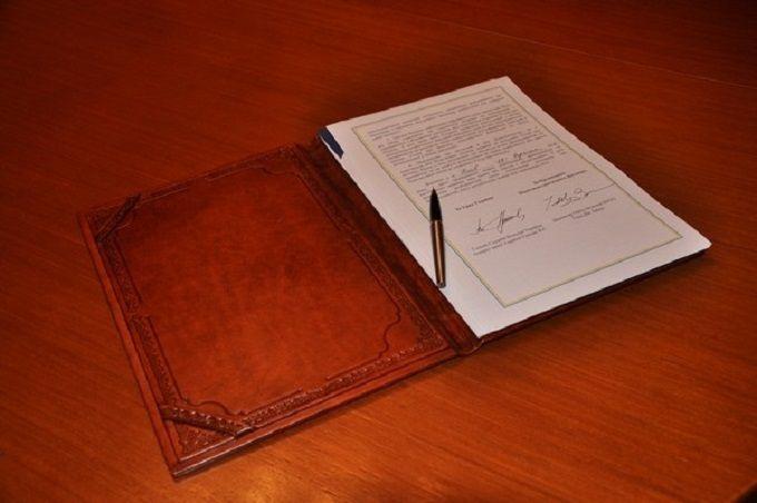 Україна і НАТО підписали важливу угоду: з'явилися фото і відео