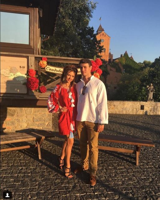 З'явилися перші фото з весілля відомого продюсера і української співачки (2)