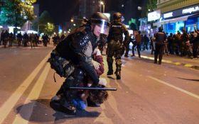 В Македонии протестующие захватили парламент: опубликованы фото и видео