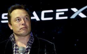 """Ілон Маск похвалився новим """"космічним"""" тостером: опубліковані фото"""