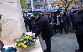 Памятник великому украинцу в Румынии: появилось меткое сравнение с Россией