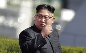 Благав навколішки: в США стверджують, що Кім Чен Ин випросив переговори з Трампом