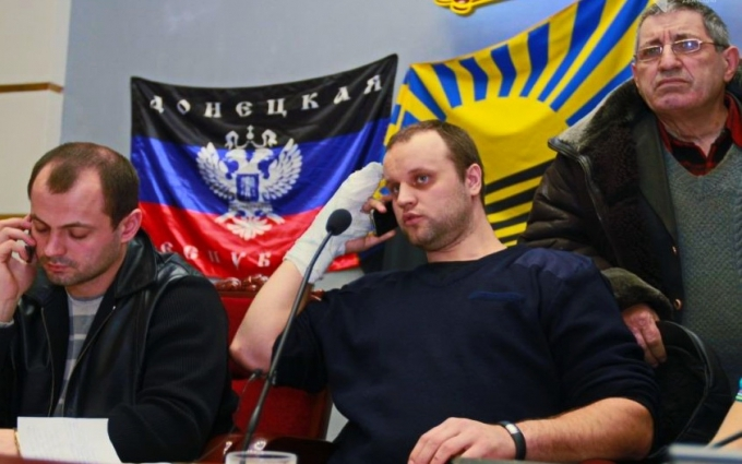 """""""Новоросія"""" забирає синів, але і Україна робить своїх громадян ворогами - журналіст із Донецька"""