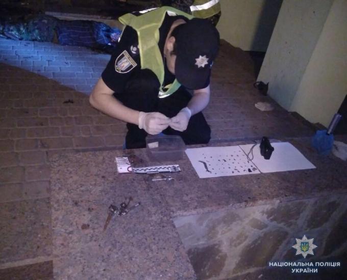 В Киеве на Подоле произошел смертельный взрыв: опубликованы фото (1)